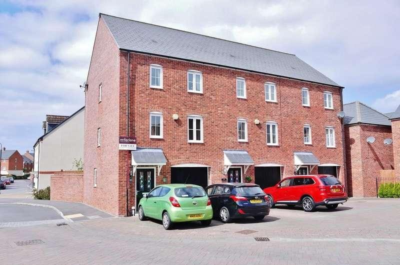 3 Bedrooms End Of Terrace House for sale in Havisham Drive, Swindon