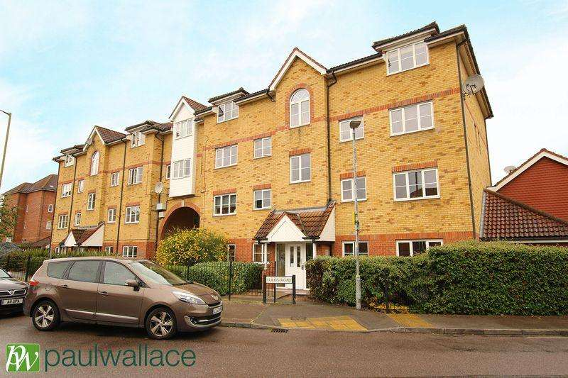 2 Bedrooms Apartment Flat for sale in Yukon Road, Turnford