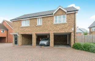 2 Bedrooms Detached House for sale in Sword Grove, Wainscott, Rochester, Kent
