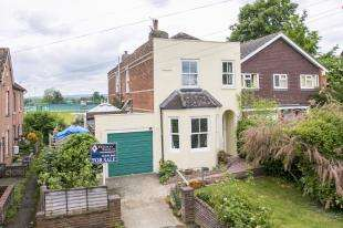 House for sale in The Crescent, Tonbridge, Kent