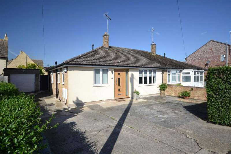 3 Bedrooms Semi Detached Bungalow for sale in Little Casterton Road, Stamford