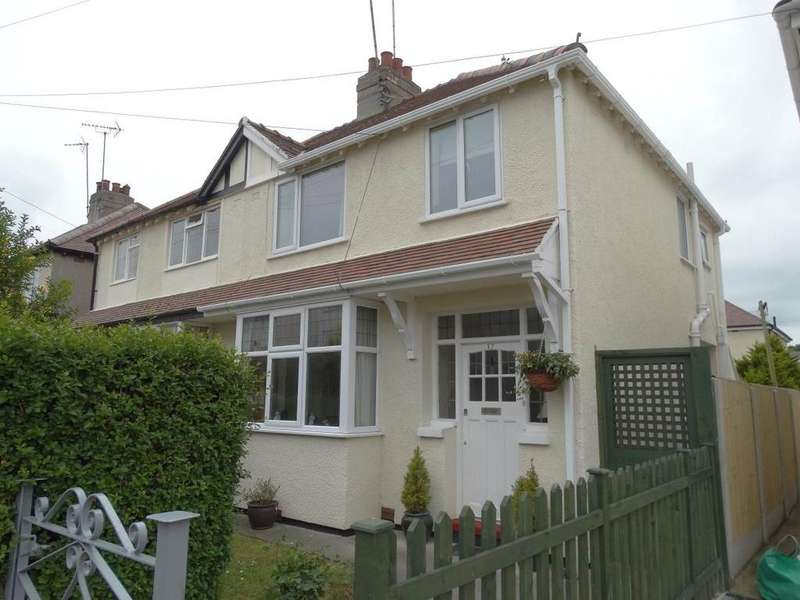 3 Bedrooms Semi Detached House for sale in 17 Cranford Crescent, Rhos on Sea, LL28 4LN