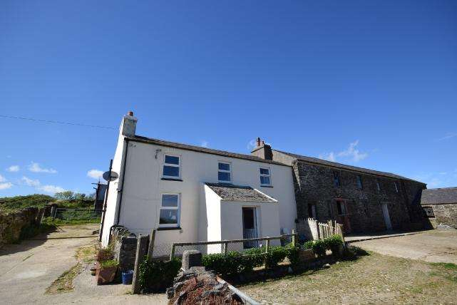 3 Bedrooms House for sale in Oatlands Road, Santon, IM4 1ED