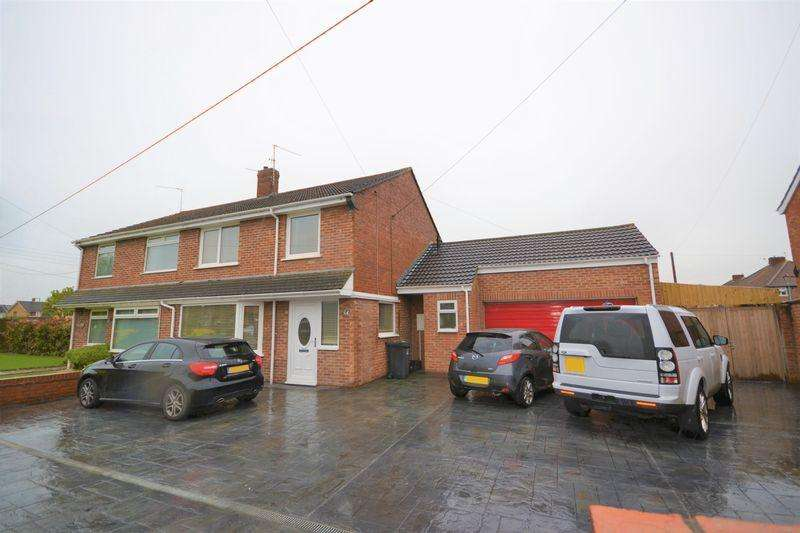 3 Bedrooms Semi Detached House for sale in Westonzoyland Road, Bridgwater