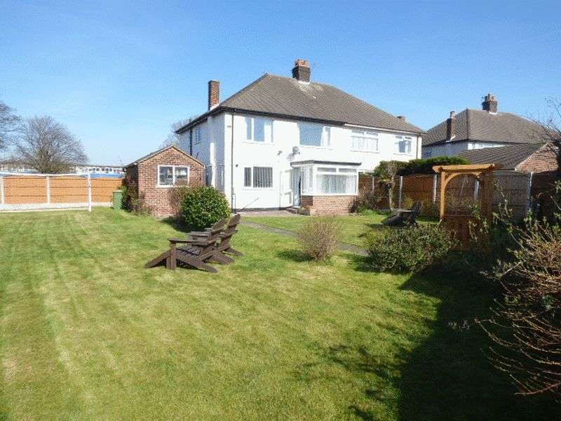 3 Bedrooms Semi Detached House for sale in St Michaels Road, Blundellsands, Crosby L23