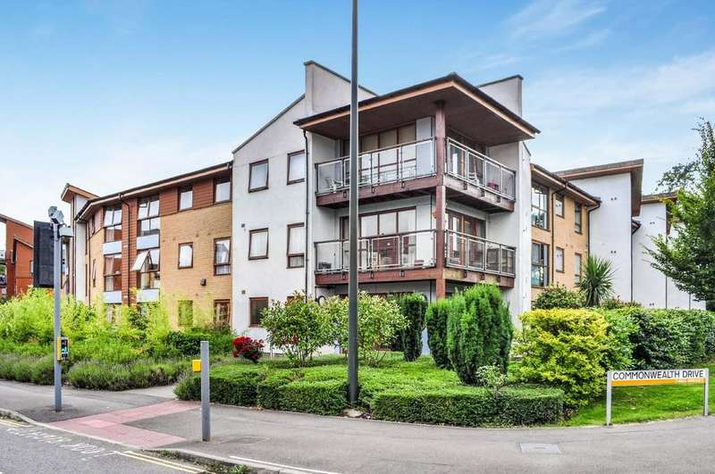 2 Bedrooms Retirement Property for sale in Commonwealth Drive, Three Bridges