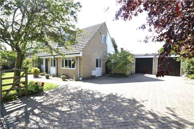 4 Bedrooms Detached Bungalow for sale in Nash Lane, Freeland, WITNEY, OX29 8HS