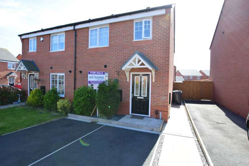 3 Bedrooms Semi Detached House for sale in Buttercup Way, Warton