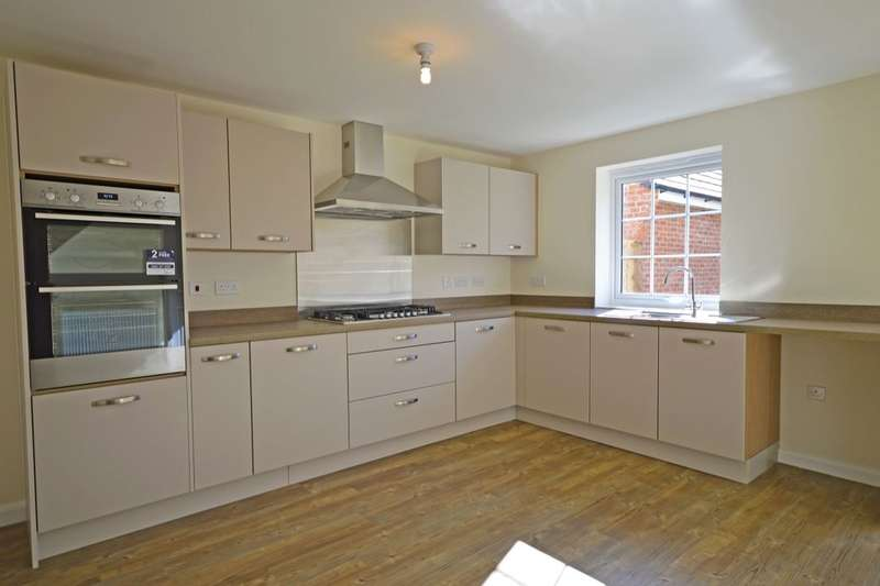 4 Bedrooms Detached House for sale in Morda, Oswestry, SY10