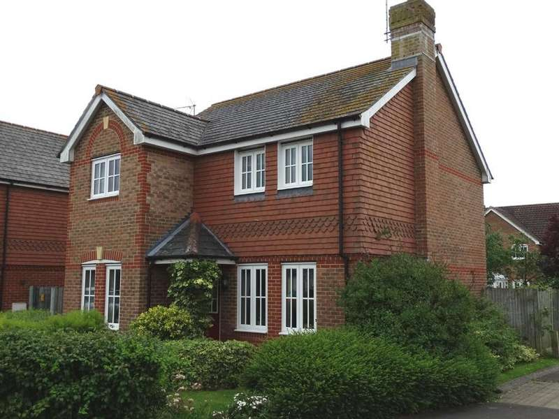 4 Bedrooms Detached House for sale in Staplehurst, Kent