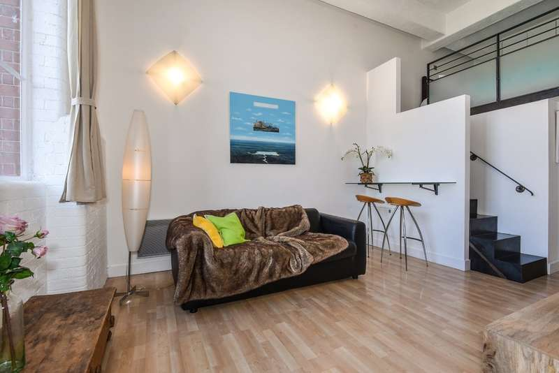 2 Bedrooms Flat for sale in Lexington Building, Bow Quarter