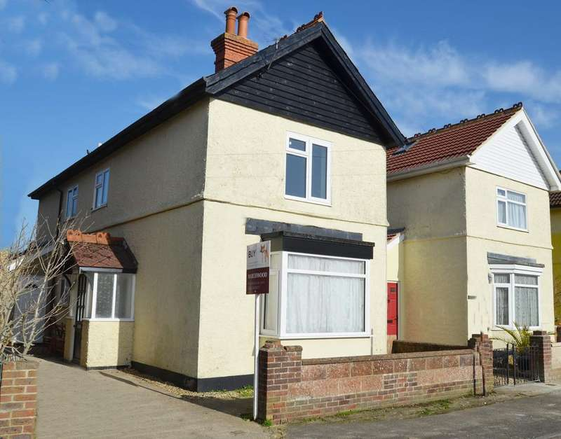 1 Bedroom Flat for sale in Williams Road, Chichester PO18