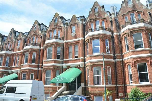 1 Bedroom Flat for sale in Durley Gardens, West Cliff, Bournemouth