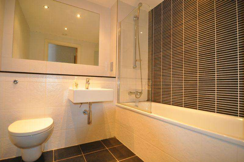 2 Bedrooms Apartment Flat for rent in Broad Quay, Bristol
