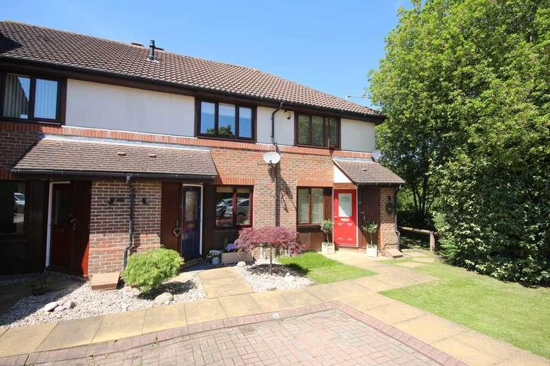 2 Bedrooms Terraced House for sale in Teresa Vale, Bracknell