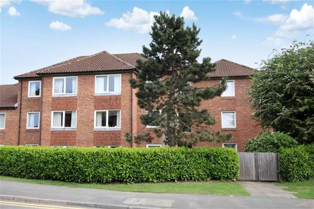 1 Bedroom Flat for sale in Roundwood Lane, Harpenden