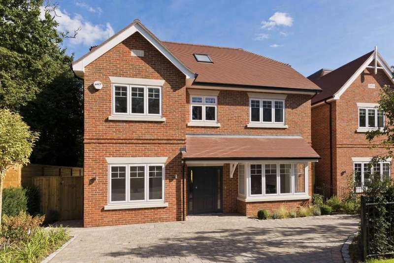 5 Bedrooms Detached House for sale in Henley Drive, Kingston upon Thames KT2