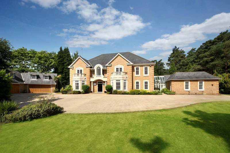 5 Bedrooms Detached House for sale in Westwood Road, Windlesham, Surrey, GU20