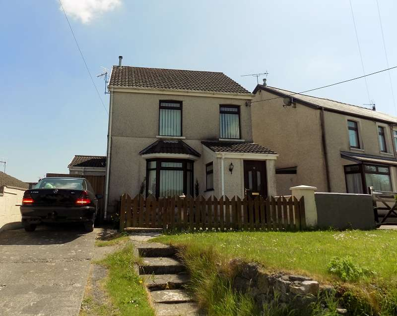 3 Bedrooms Detached House for sale in Heol Tyn Y Garn, Pen-Y-Fai, Bridgend. CF31 4NZ