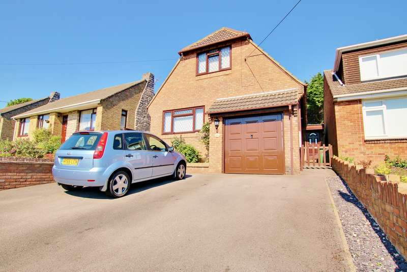 3 Bedrooms Chalet House for sale in Solent Avenue, Southampton