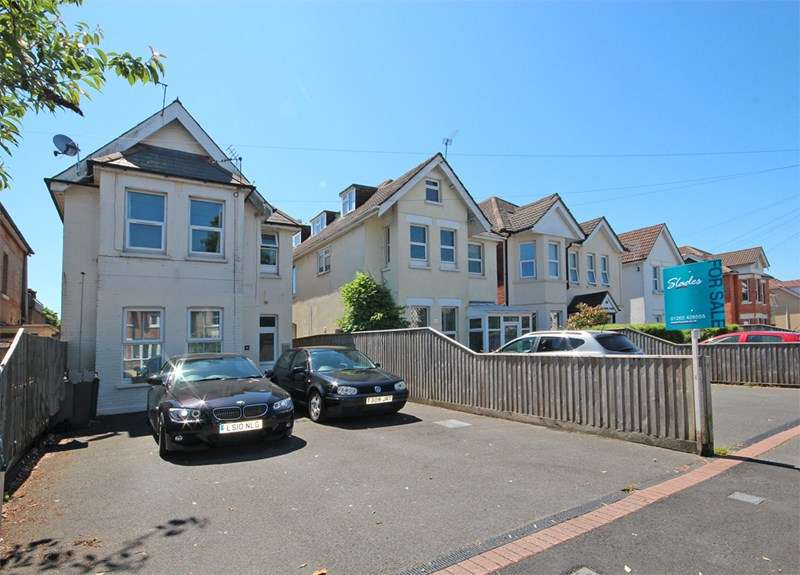 3 Bedrooms Flat for sale in Parkwood Road, Bournemouth