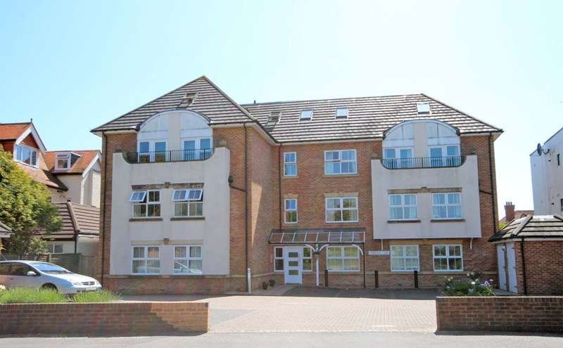 3 Bedrooms Apartment Flat for sale in Belle Vue Road, Southbourne, Bournemouth