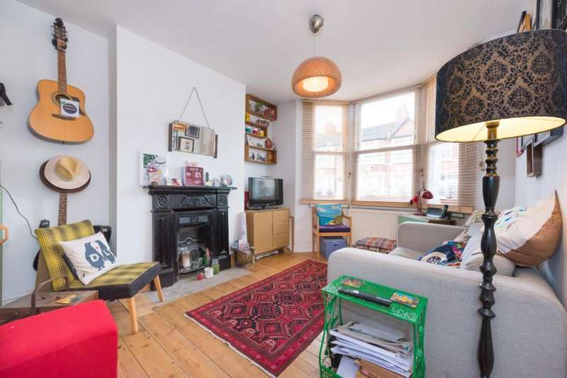 1 Bedroom Flat for sale in Sandringham Road, Willesden Green, London, NW2