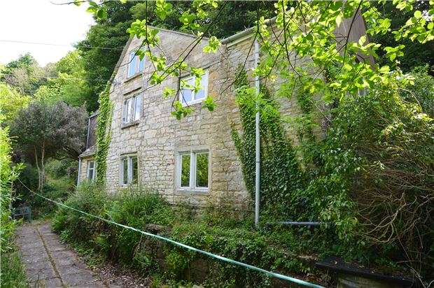3 Bedrooms Cottage House for sale in Marle Hill, Chalford, Gloucestershire, GL6 8EX