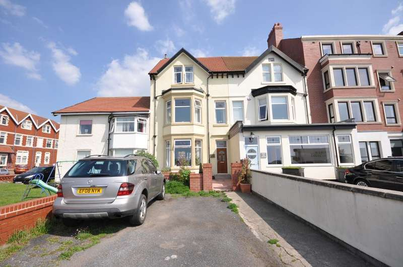 6 Bedrooms Terraced House for sale in Queens Promenade, Bispham, Blackpool, Lancashire, FY2 9AB