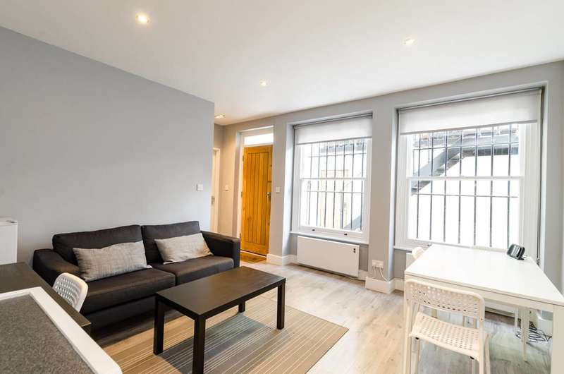 1 Bedroom Flat for sale in Courtfield Road, South Kensington, SW7
