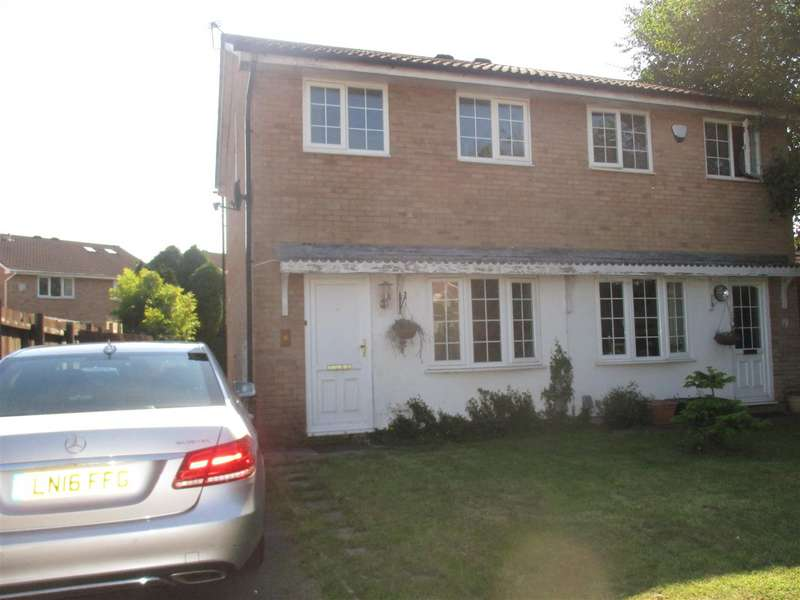 2 Bedrooms Property for sale in Caradoc Close, St. Mellons, Cardiff