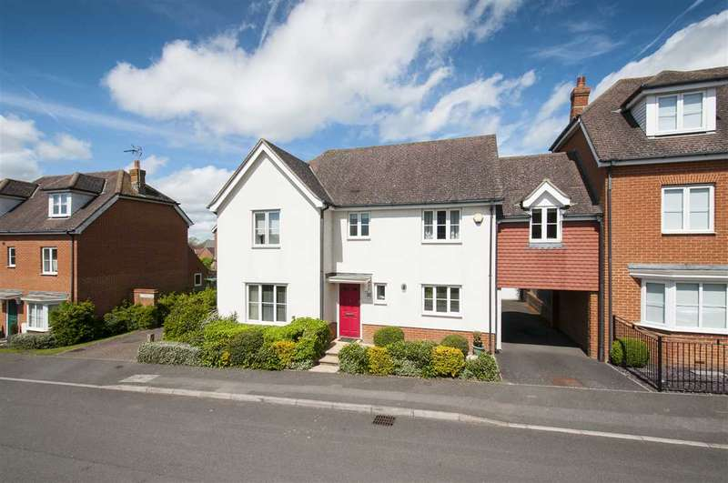 4 Bedrooms Detached House for sale in Tatchell Drive, Charing