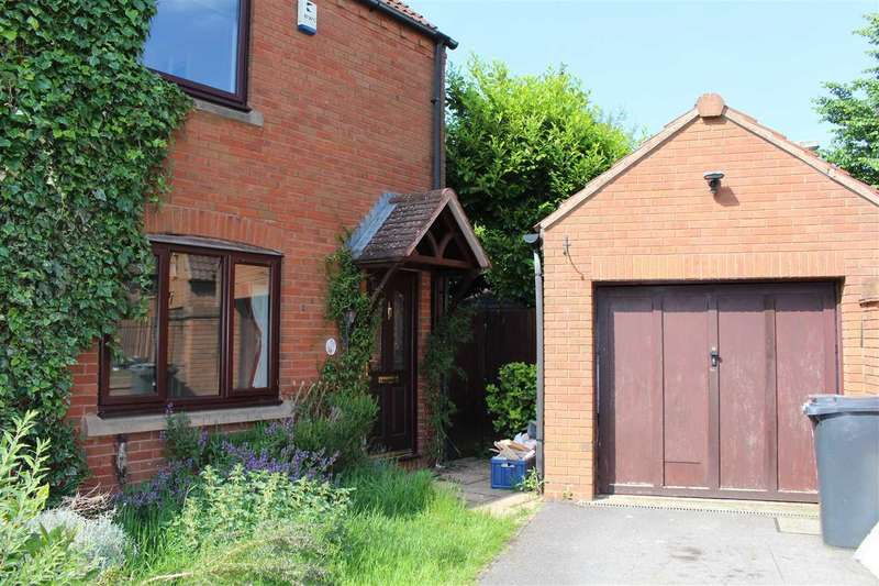 3 Bedrooms Semi Detached House for sale in Arley Close, Abbey Meads, Swindon