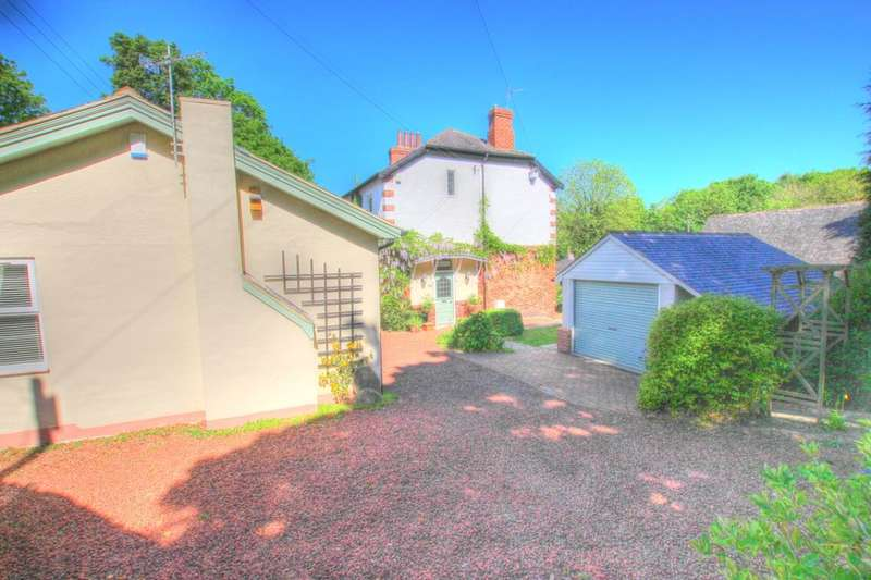 4 Bedrooms Detached House for sale in High Horse Close, Rowlands Gill, NE39