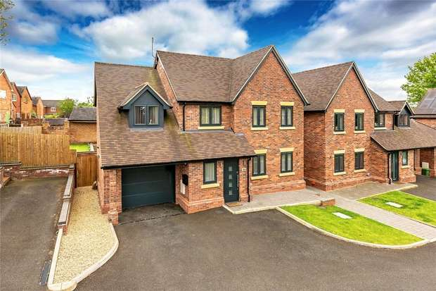 4 Bedrooms Detached House for sale in Bentleys Road, MARKET DRAYTON, Shropshire