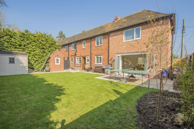 3 Bedrooms Semi Detached House for sale in Winters Field, Crowmarsh Gifford, Wallingford, OX10