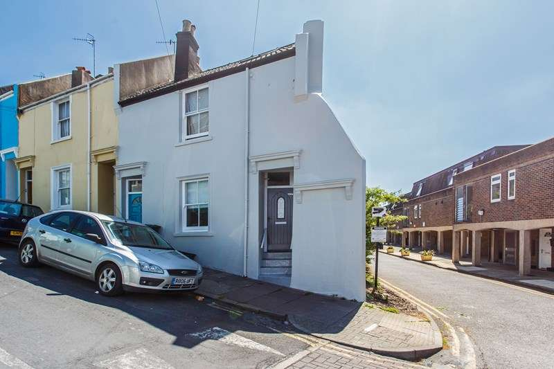 2 Bedrooms Flat for sale in Albion Hill, Brighton