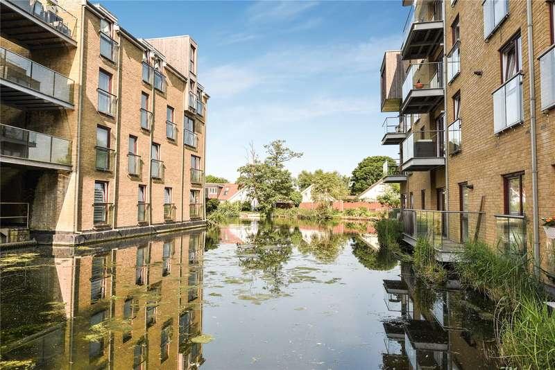 2 Bedrooms Apartment Flat for sale in Kings Mill Way, Denham, Buckinghamshire, UB9