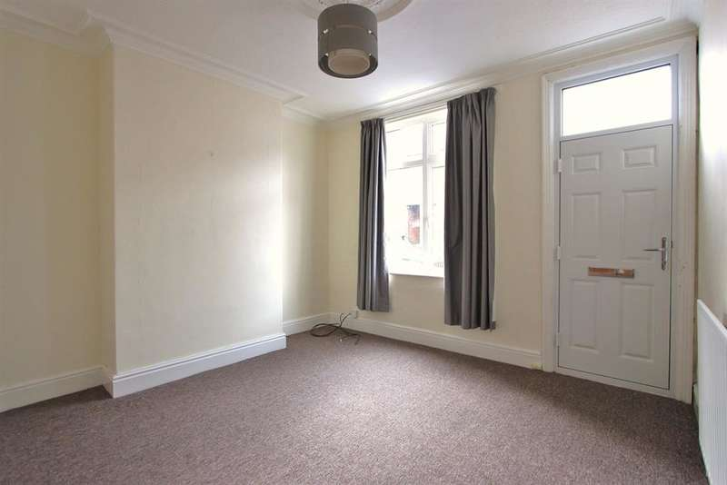 3 Bedrooms Terraced House for rent in Murray Road, Sheffield, S11 7GF