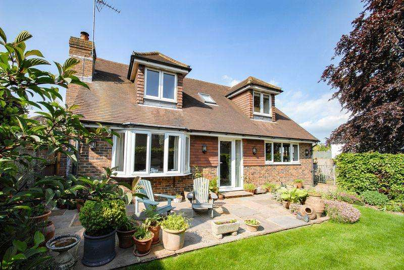 4 Bedrooms Detached House for sale in East End Lane, Ditchling
