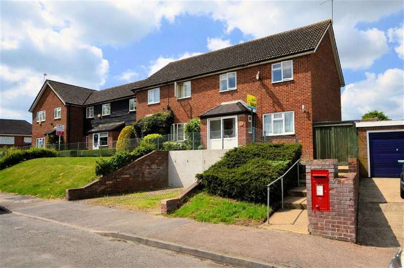 3 Bedrooms End Of Terrace House for sale in Duck Lane, Thornwood