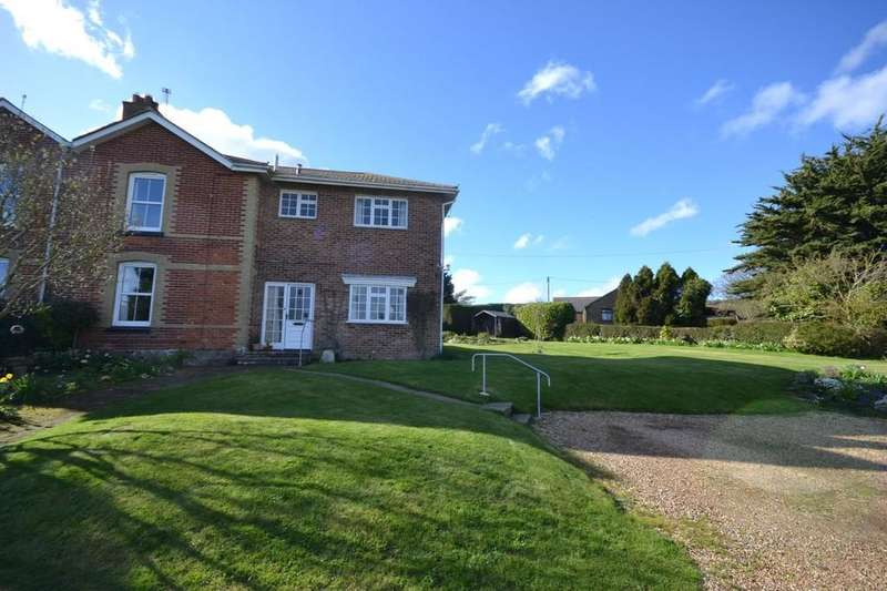 4 Bedrooms Semi Detached House for sale in Lower Road, Adgestone