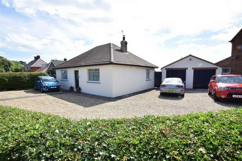 3 Bedrooms Detached Bungalow for sale in Ayton Road, Scarborough