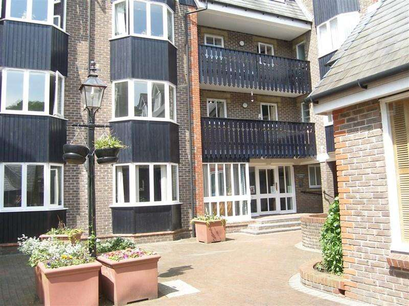 1 Bedroom Retirement Property for sale in Cliffe High Street, Lewes