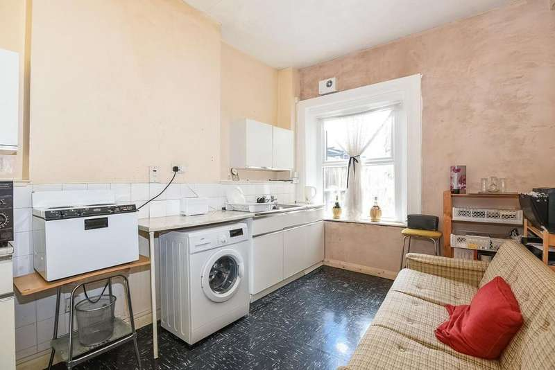 2 Bedrooms Flat for sale in Deerbrook Road, Herne Hill, SE24