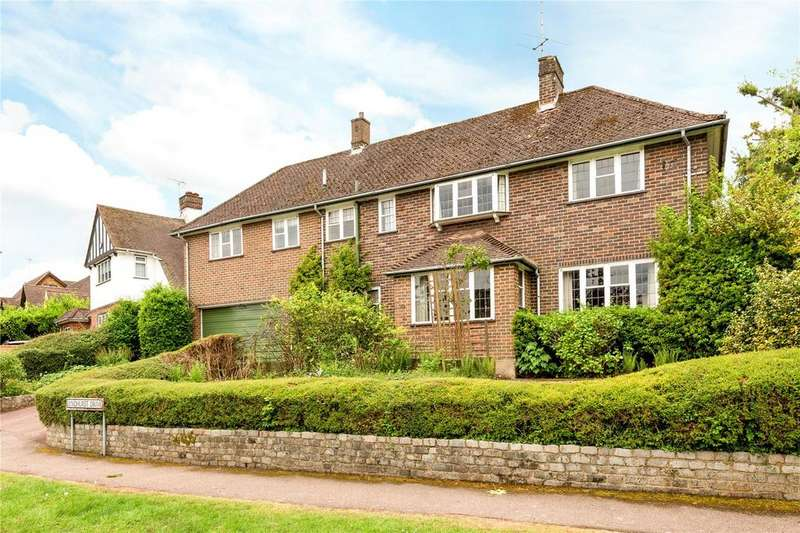 6 Bedrooms Detached House for sale in Lyndhurst Drive, Harpenden, Hertfordshire, AL5