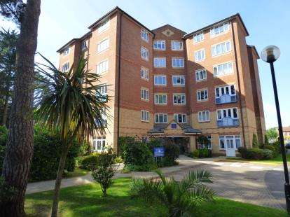 2 Bedrooms Retirement Property for sale in 37 Lindsay Road, Poole