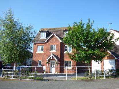 5 Bedrooms Detached House for sale in Lon Pedr, Llandudno, Conwy, North Wales, LL30