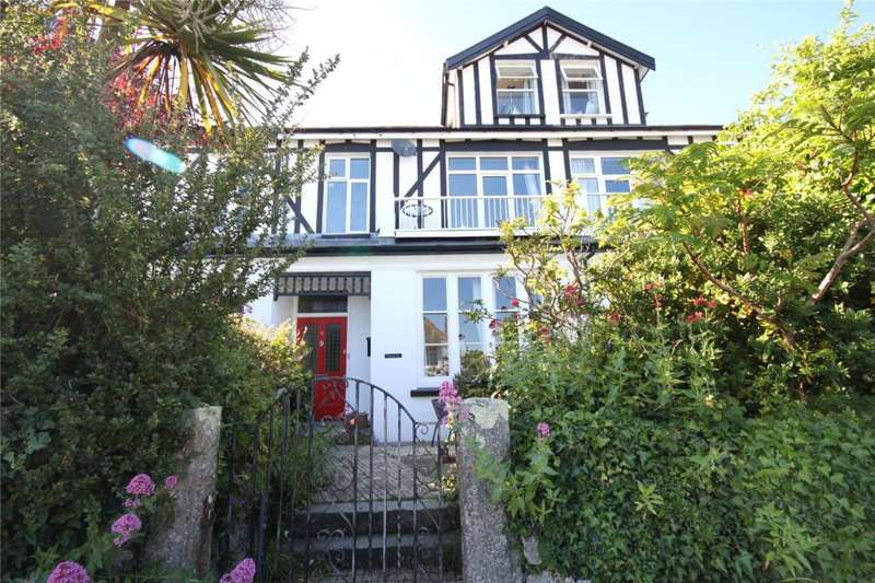3 Bedrooms Flat for sale in Gyllyngvase Terrace, Falmouth