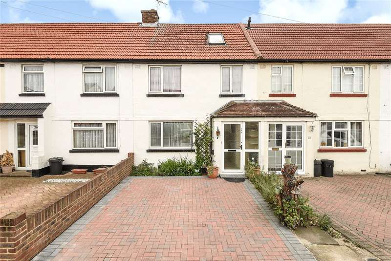 3 Bedrooms Terraced House for sale in Grosvenor Crescent, Hillingdon, Middlesex, UB10